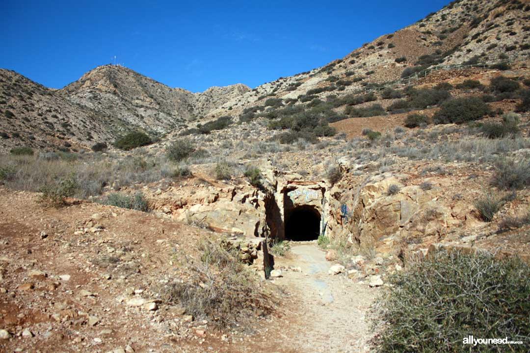 El Cabezo Gordo in Torre Pacheco. Entry to Cueva del Agua