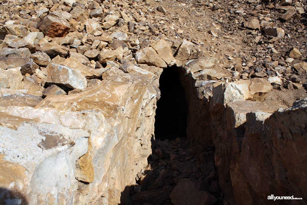 Subida al Cabezo Gordo. Torre Pacheco. Entrada túnel