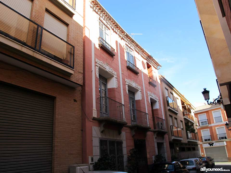 Calle Alfredo Crespo en Totana