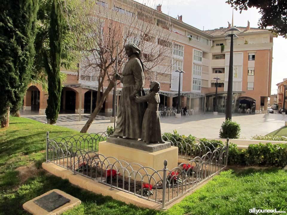 Plaza Balsa Vieja. Monumento al Nazareno