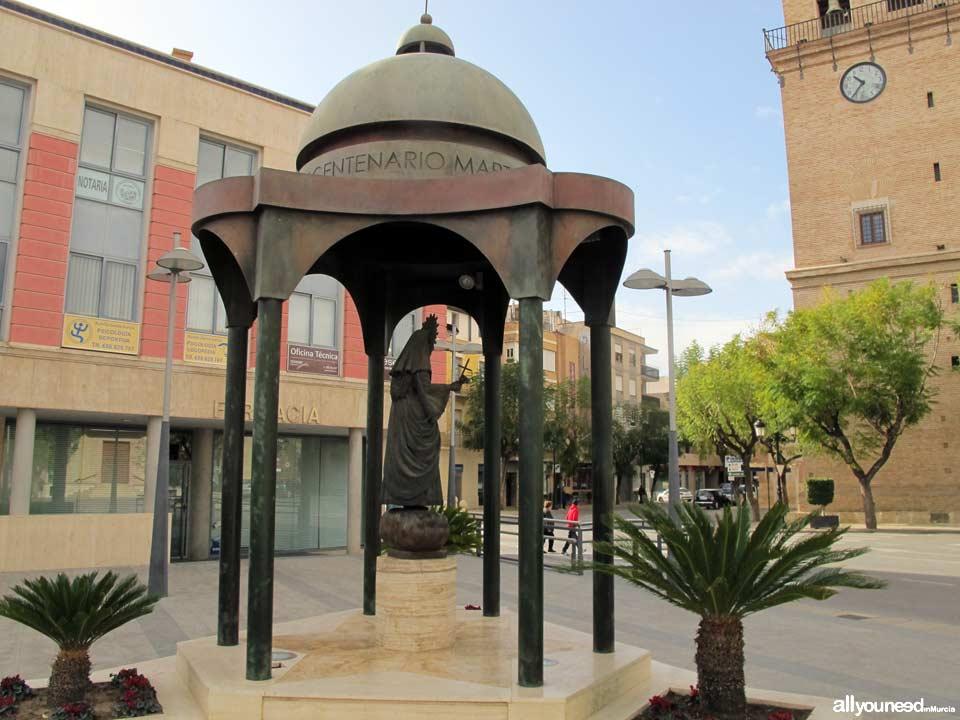 Plaza de la Constitución. Monumento a Santa Eulalia